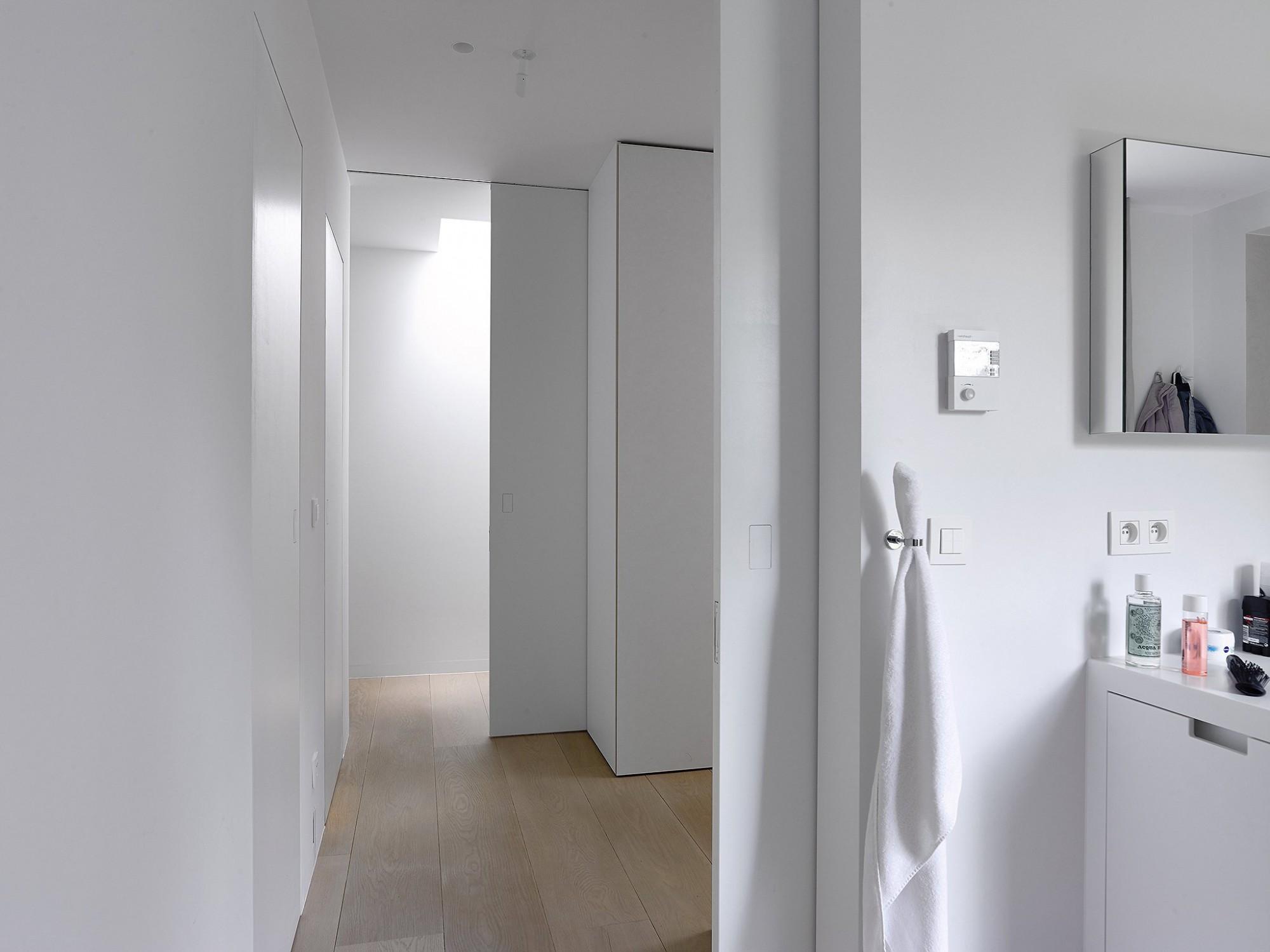 Afbeelding: Fotografie interieur -binnendeuren te Schilde voor Eddy De Prins, interieurfotografie Foto Van Huffel.