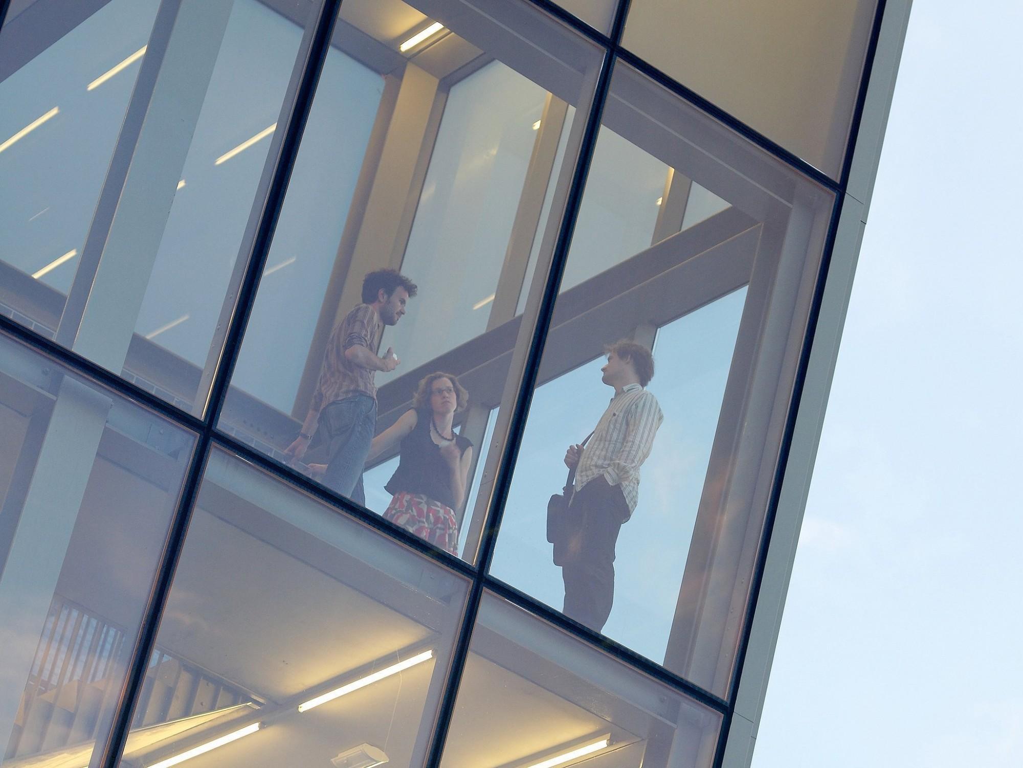 Afbeelding: Fotografie van openbare-en bedrijfsgebouwen, foto Van Huffel.