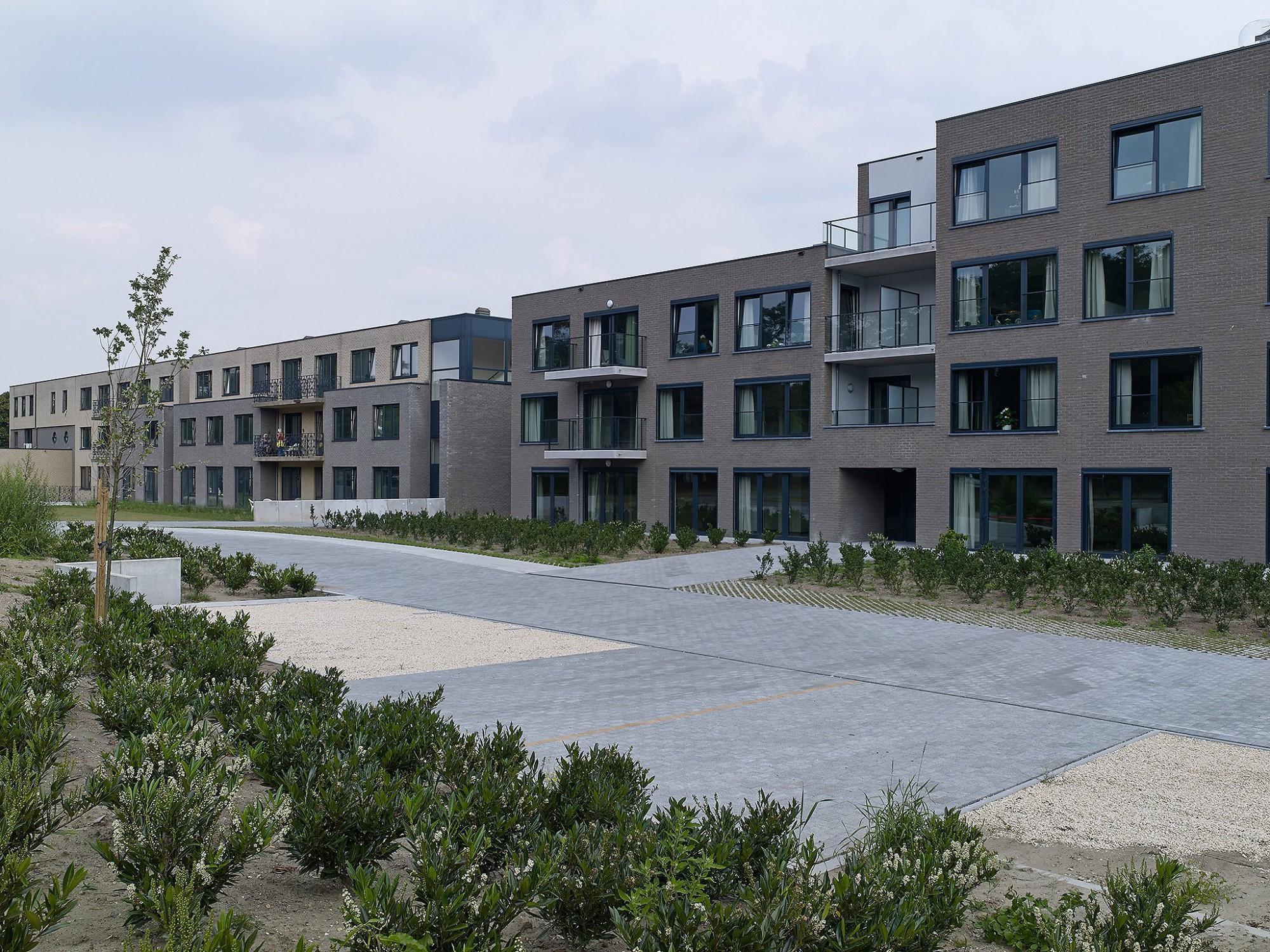 Afbeelding: Architectuur fotografie, woon-en zorgcentrum te Genk, voor Stone&Style.